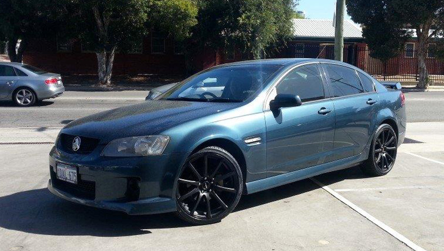 Holden-Commodore---Carbine.jpg