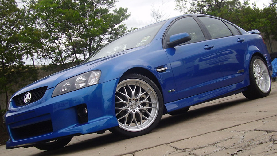 Holden-Commodore---Cheetah-2.jpg