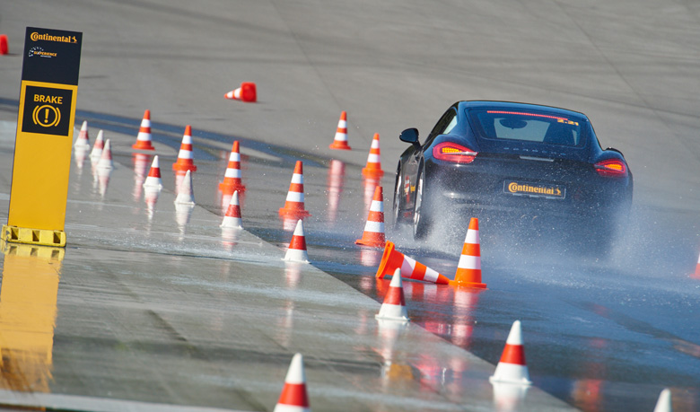 Aquaplaning-ABS-safety.jpg